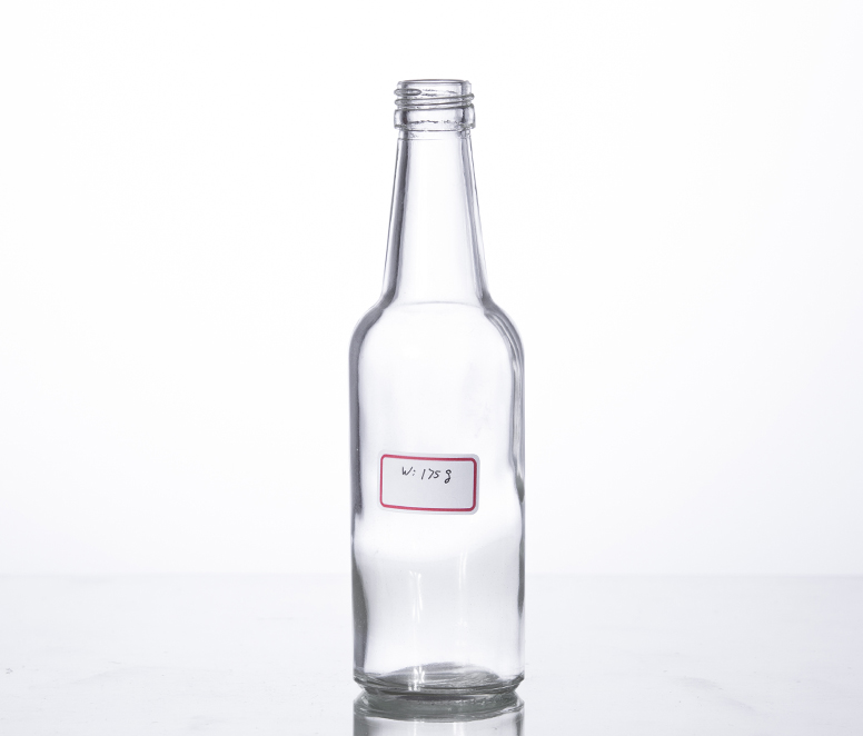 300ml Spicy Chili Sauce glass bottle