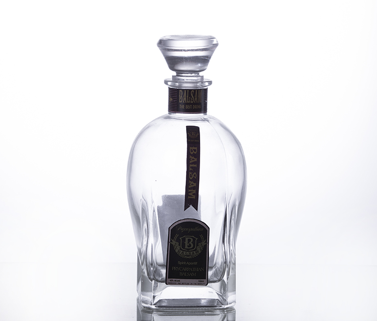 750ML crystal wine and spirit bottle with crystal cap